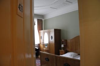 Zimmer 433. Hier schlief Rupert Everett, der das Bogota zu seinem Lieblingshotel in der Welt erklärte.